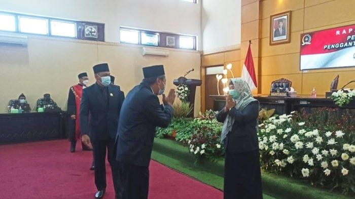 Pimpinan DPRD Kota Blitar Komplit, Elly Hidayah Gantikan Yasin Hermanto